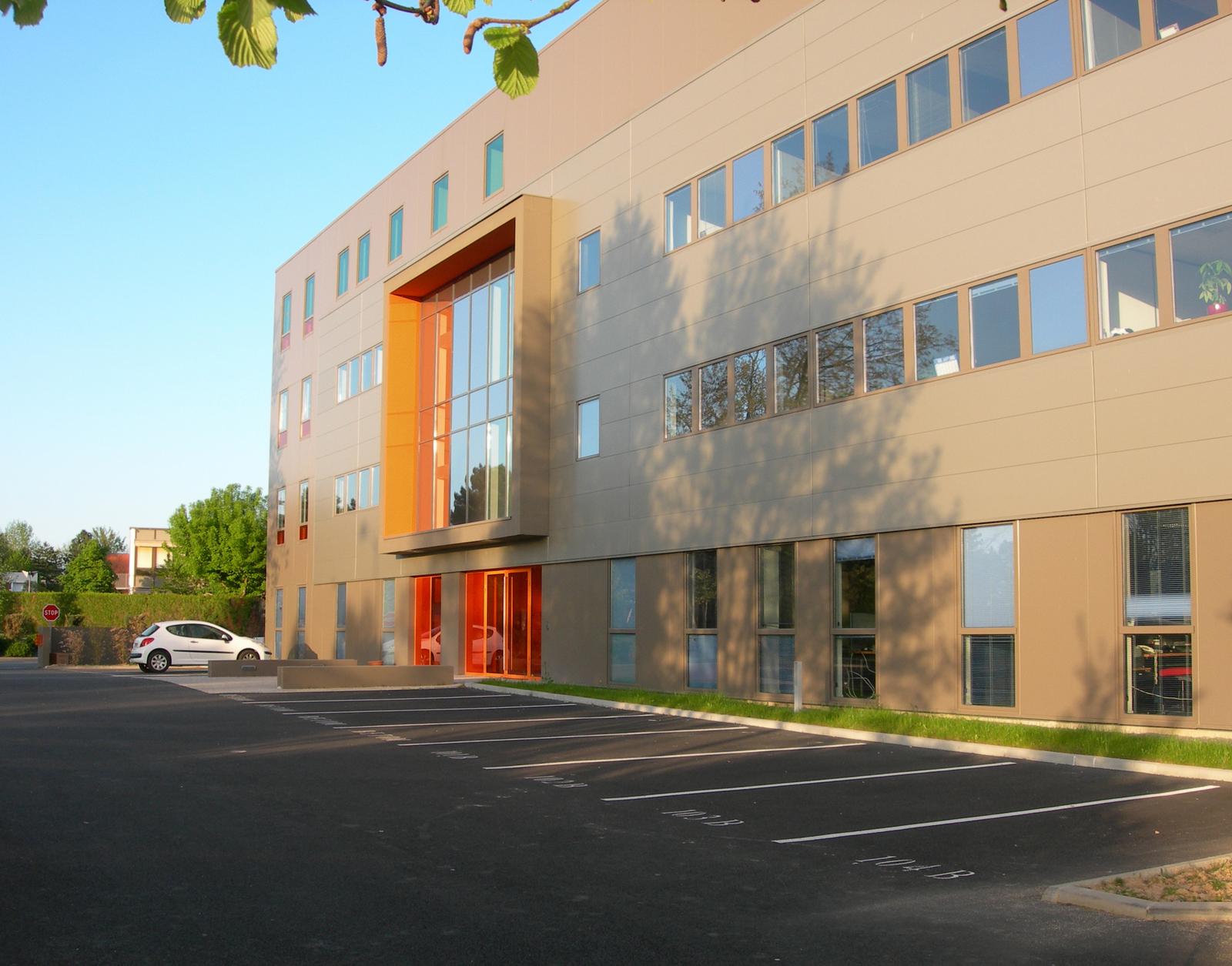 Immeuble bureaux Les Alizés 11 allée du bâtiment rennes agence A'DAO architecture