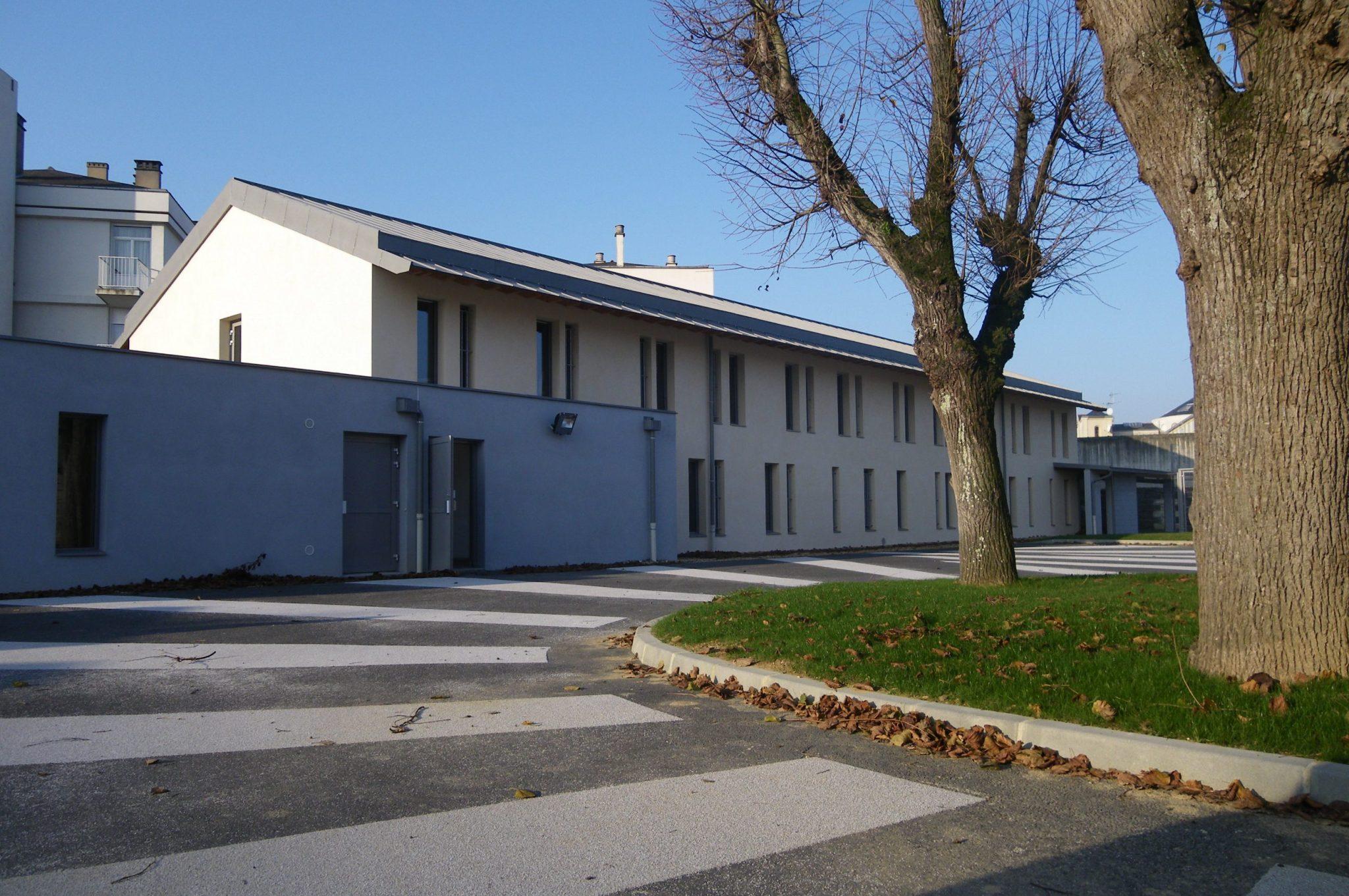 QSL Quartier de Semi Liberté Angers cour de service